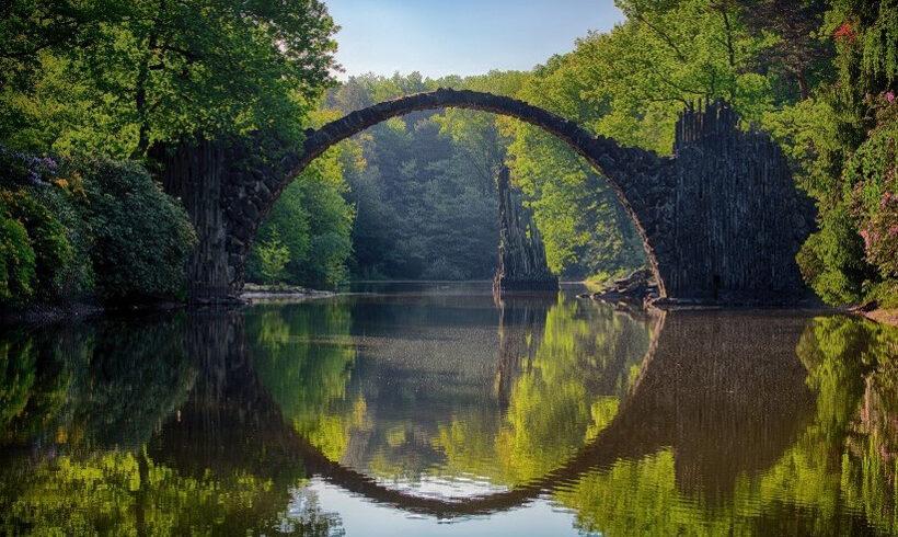 Die Brücke vom Überleben ins Leben